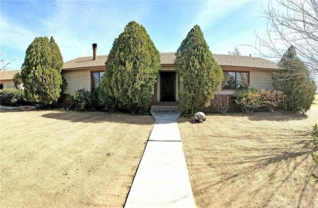 23477 Little Teepee Road, Apple Valley, CA, 92307
