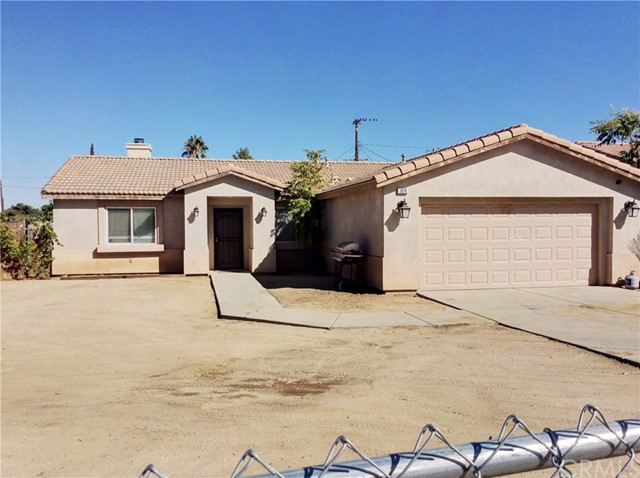 7511 Apache  Yucca Valley CA 92284