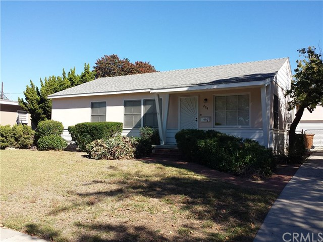 Single Family Home for Rent at 204 North Sweet St Fullerton, California 92833 United States