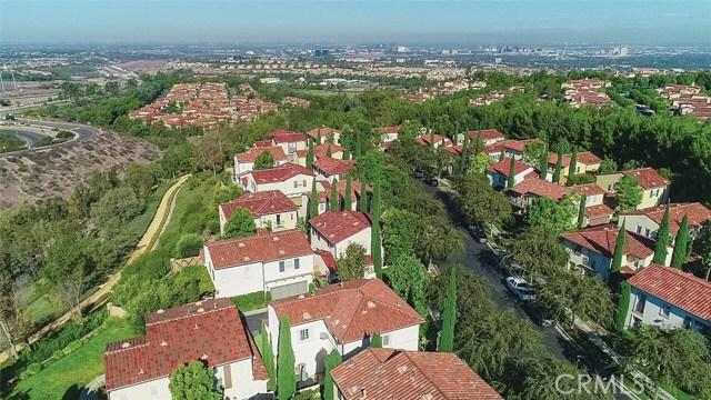 40 Gardenpath, Irvine CA: http://media.crmls.org/medias/c040cfa4-182e-44c1-b835-36dc5132206e.jpg