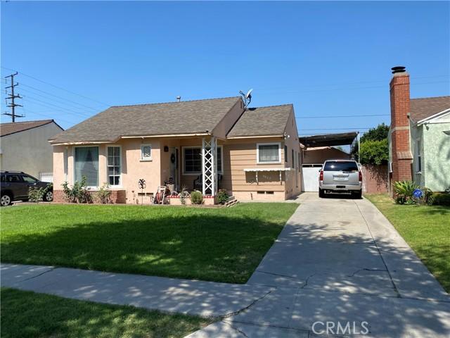 9627 Annetta Avenue, South Gate CA: http://media.crmls.org/medias/c04d9a3a-c36a-4bf0-a018-0de5870d2dbe.jpg
