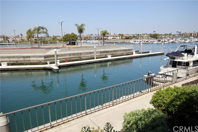5125 Marina Pacifica Dr, Long Beach, CA 90803 Photo 2