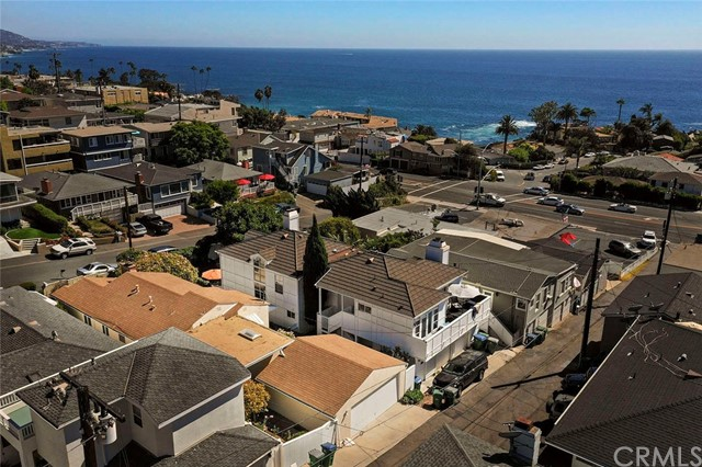 246 Beverly Street, Laguna Beach CA: http://media.crmls.org/medias/c05412ad-812d-433a-947c-433883f9cb55.jpg