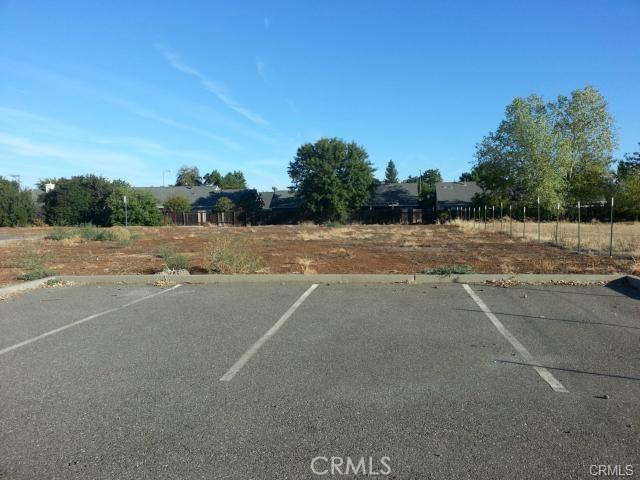 1260 East Avenue, Chico CA: http://media.crmls.org/medias/c05768bd-6e01-4ce9-b79e-2e5a5fb47e5d.jpg