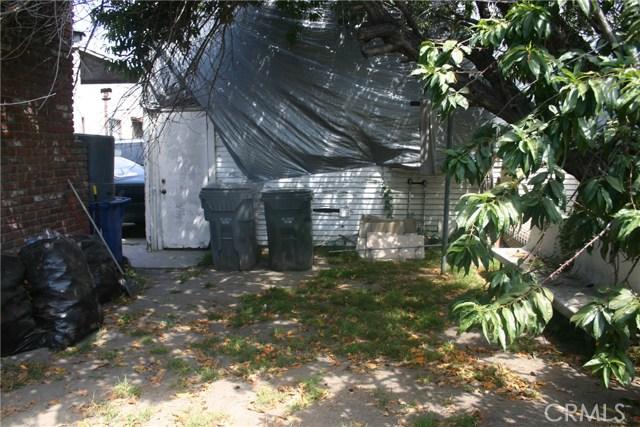 11226 California Avenue, Lynwood CA: http://media.crmls.org/medias/c058903d-60c3-4c26-9e88-32ca8a3aa5e8.jpg