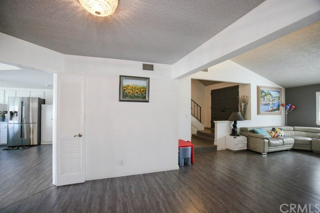 2773 W Bridgeport Av, Anaheim, CA 92804 Photo 6