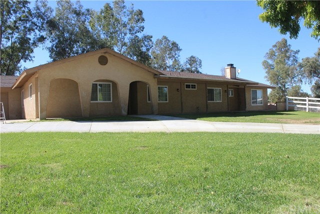 30321 Delise Drive Hemet, CA 92543 is listed for sale as MLS Listing CV16718883