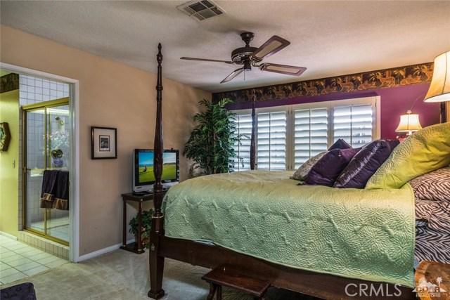 79021 Starlight Lane, Bermuda Dunes CA: http://media.crmls.org/medias/c071a9cb-2dea-4ac1-84d1-2279765601d5.jpg