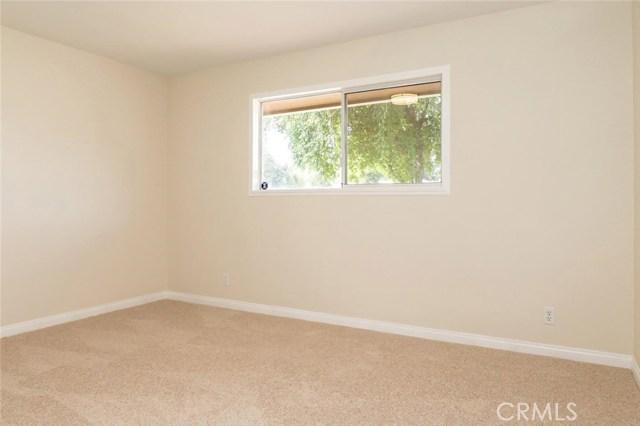 5909 Sally Avenue Bakersfield, CA 93308 - MLS #: WS18192817