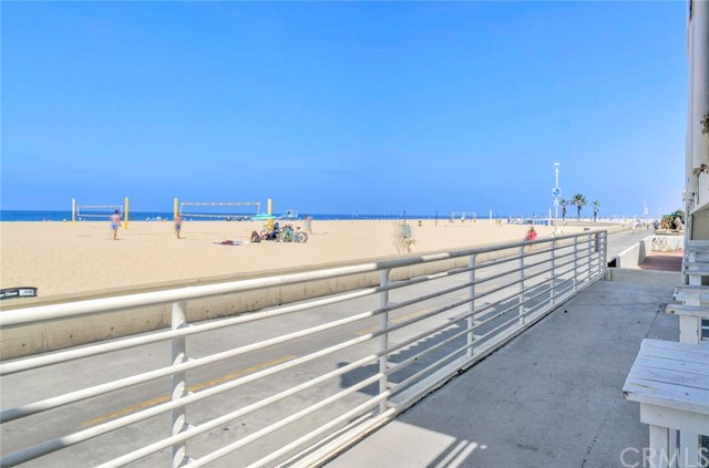 72 The Strand 5, Hermosa Beach, CA 90254 photo 6