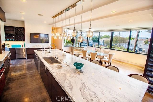 Single Family Home for Sale at 628 Elvira Avenue 628 Elvira Avenue Redondo Beach, California 90277 United States