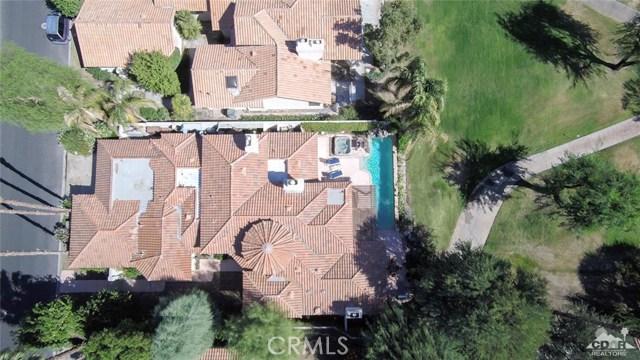 54015 Southern Hills, La Quinta CA: http://media.crmls.org/medias/c083e283-96fd-470e-afee-fdcb7593e4f3.jpg