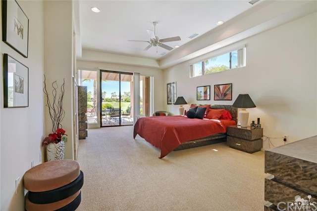 10 Via Haciendas, Rancho Mirage CA: http://media.crmls.org/medias/c08689eb-867d-4144-a60c-129f7a06cde5.jpg