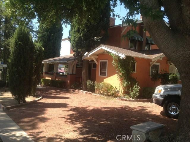 711 W Ramsey Street, Banning CA: http://media.crmls.org/medias/c0966ca3-c5be-45ec-85e0-dc4d2cc3688d.jpg