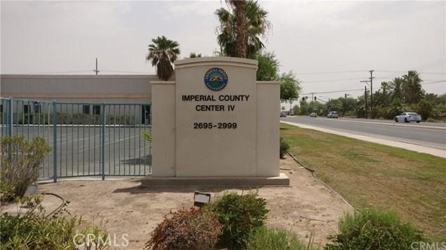 1596 US Highway 86, El Centro CA: http://media.crmls.org/medias/c0ace2d3-de43-43b2-abba-2c990b5cf816.jpg