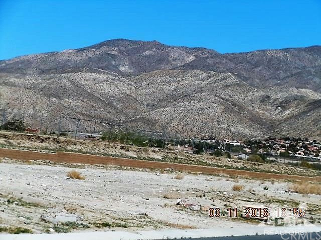 0 Bald Eagle Lane, Desert Hot Springs CA: http://media.crmls.org/medias/c0b040e6-5cd7-410e-b620-ff2fc4d5d7ed.jpg