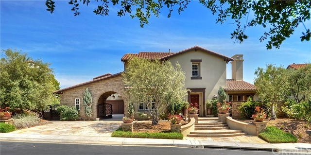 Single Family Home for Sale at 27402 Paseo Boveda San Juan Capistrano, California 92675 United States