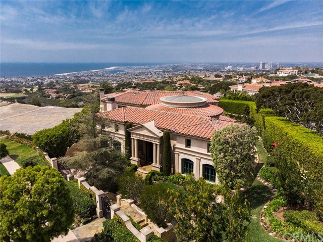 Single Family Home for Sale at 17 Pelican Crest Drive 17 Pelican Crest Drive Newport Coast, California 92657 United States