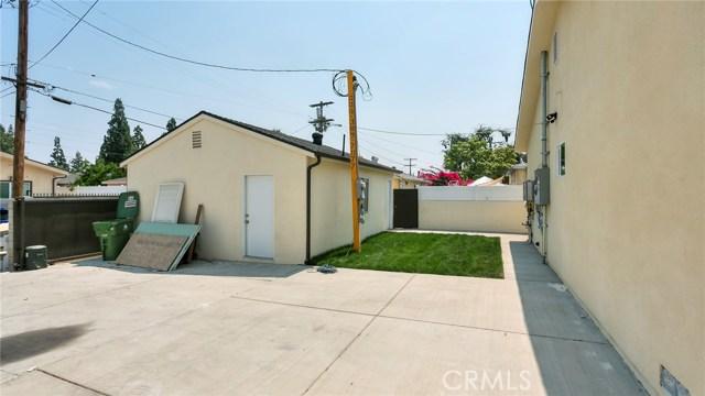 6710 Denny Avenue, North Hollywood CA: http://media.crmls.org/medias/c0c04002-236a-4f8e-a73a-f616814cd344.jpg