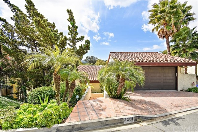 4304 Via Pavion, Palos Verdes Estates, California 90274, 4 Bedrooms Bedrooms, ,2 BathroomsBathrooms,Single family residence,For Sale,Via Pavion,PV20070412