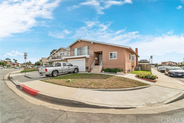 1026 Lindencliff Street, Torrance, California 90502, 4 Bedrooms Bedrooms, ,3 BathroomsBathrooms,Single family residence,For Sale,Lindencliff,SB21008091