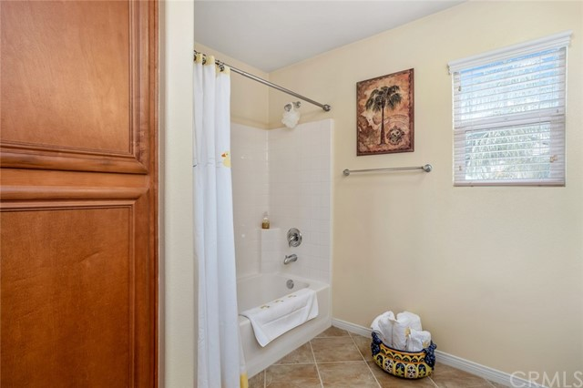 7324 Reserve Place, Rancho Cucamonga CA: http://media.crmls.org/medias/c0f201fc-5e0f-4c86-b8bc-ce8431a6433f.jpg