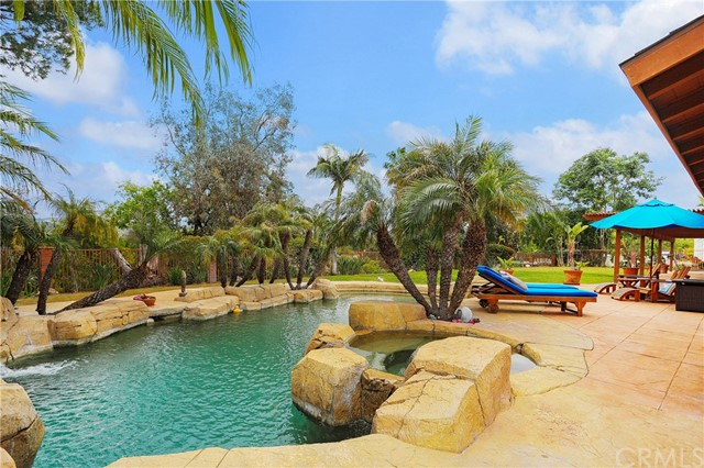 9851 Cowan Heights Dr, North Tustin, CA 92705 Photo