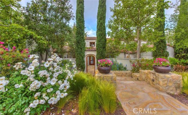 Single Family Home for Sale at 29 Black Hawk Irvine, California 92603 United States