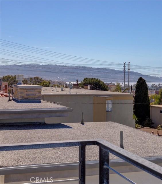 707 1st Pl, Hermosa Beach, CA 90254 photo 2