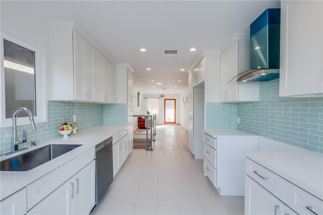 4133 Raynol Street, Montecito Heights CA: http://media.crmls.org/medias/c1208cd7-d672-41e8-b319-9b81dccfe07d.jpg