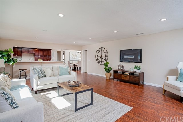 Photo of 716 W Brentwood Avenue, Orange, CA 92865