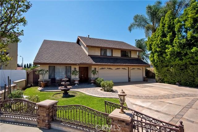 194 N Quail Lane, Orange CA: http://media.crmls.org/medias/c131018d-5b6c-4ae6-a27b-11f645654580.jpg