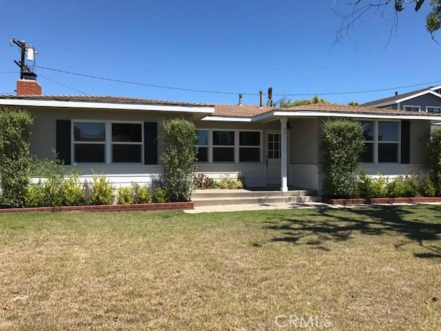 571 Park Drive, Costa Mesa, CA 92627