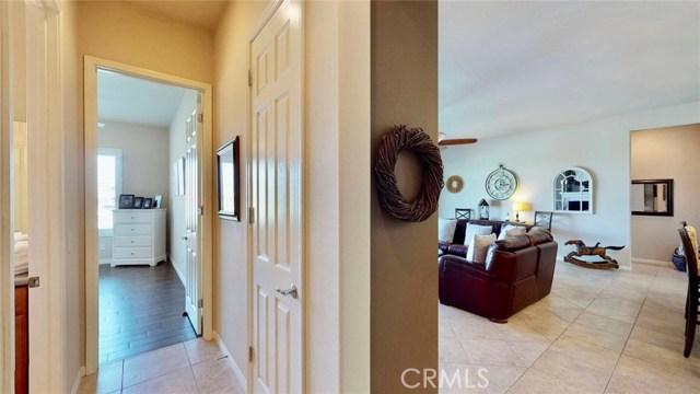 10357 Darby Road, Apple Valley CA: http://media.crmls.org/medias/c1359c33-b84a-436c-9fb6-832becaae6c9.jpg