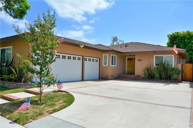 3250 Claremore Avenue Long Beach, CA 90808 is listed for sale as MLS Listing OC16156126