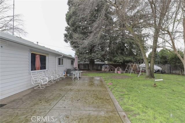 3415 Virginia Street, Atwater CA: http://media.crmls.org/medias/c13b75d0-db92-4772-b5ee-b8c324b258d8.jpg