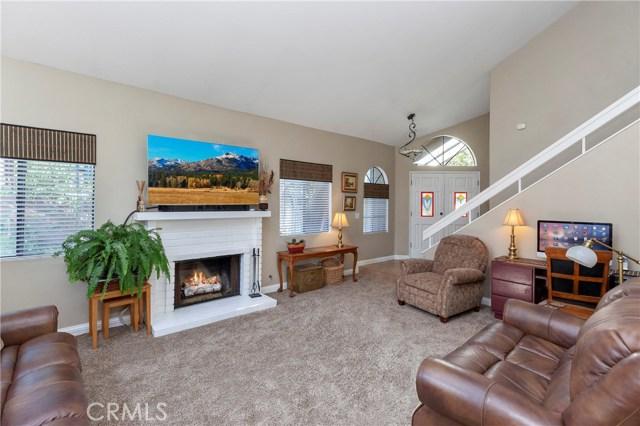 5821 Sunset Ranch Drive, Riverside CA: http://media.crmls.org/medias/c142b252-024f-4304-923a-0915047dbd19.jpg