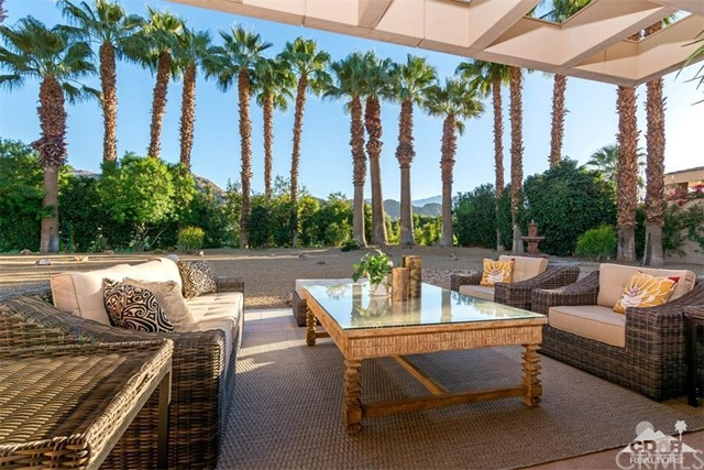 Additional photo for property listing at 74465  Palo Verde Drive 74465  Palo Verde Drive Indian Wells, California 92210 United States