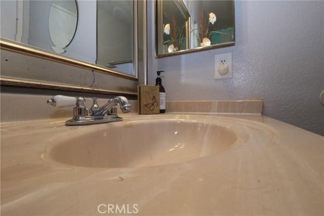 800 San Carlo Avenue, San Bernardino CA: http://media.crmls.org/medias/c148bd66-2632-4ad0-a92a-79135f5f5e06.jpg