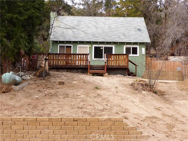 Casa Unifamiliar por un Venta en 6010 Lake Drive 6010 Lake Drive Angelus Oaks, California 92305 Estados Unidos