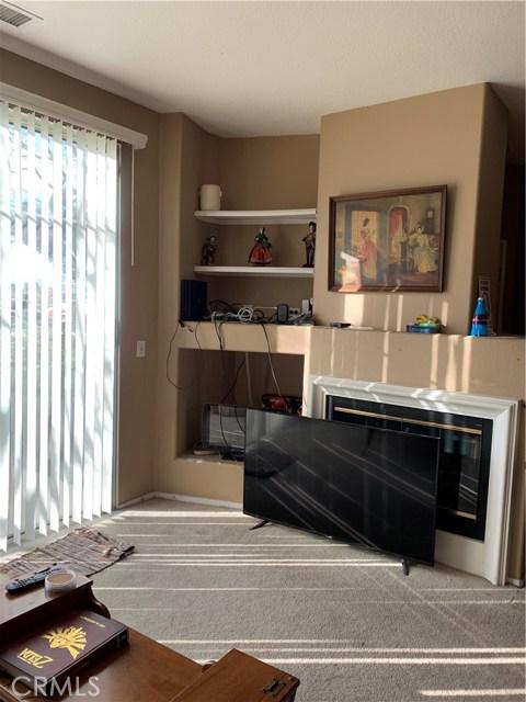 948 N Turner Avenue, Ontario CA: http://media.crmls.org/medias/c166899a-42dc-46be-8137-efaca66d3029.jpg