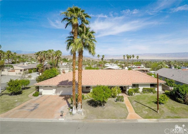 Single Family Home for Sale at 68132 Valley Vista Drive Cathedral City, California 92234 United States