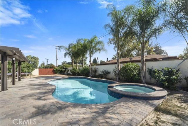8002 Sycamore Avenue, Riverside CA: http://media.crmls.org/medias/c17faa19-ab8d-4c52-bf28-595464e85462.jpg