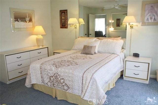 351 Hermosa Drive, Palm Springs CA: http://media.crmls.org/medias/c192153a-2a76-4eb6-8910-782b5d6ab589.jpg