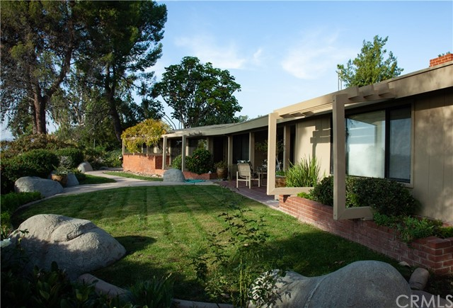 1809 SKYLINE DRIVE, FULLERTON, CA 92831  Photo 2