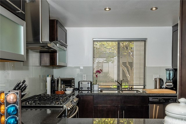 2506 E Willow Street Unit 105 Signal Hill, CA 90755 - MLS #: PW18222131
