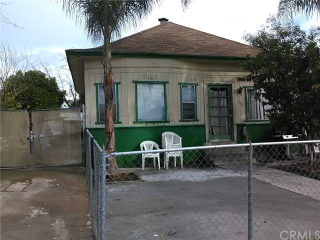 Single Family Home for Sale at 1144 Spruce Street San Bernardino, California 92411 United States
