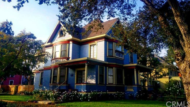 Single Family Home for Sale at 802 French Street N Santa Ana, California 92701 United States