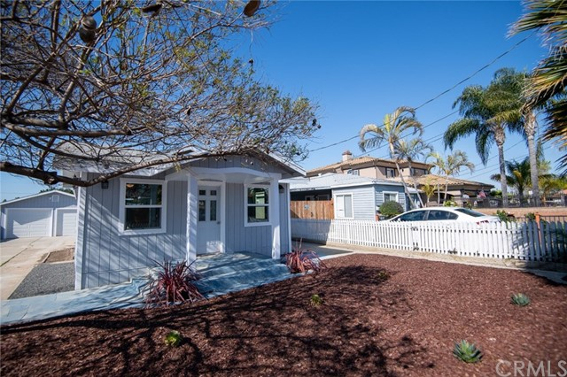 1751 254th Street, Lomita, California 90717, 4 Bedrooms Bedrooms, ,2 BathroomsBathrooms,Single family residence,For Sale,254th,PV20072642