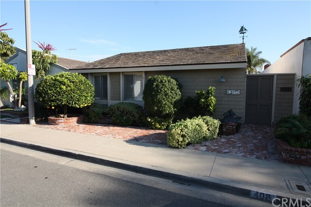 Single Family Home for Rent at 408 Corsair Way Seal Beach, California 90740 United States